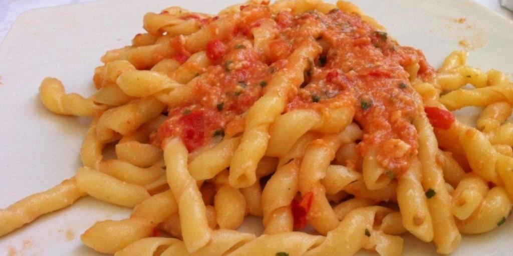 Pasta with Tuna Ragù